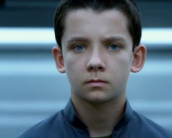 GALLERY: 37 Screencaps from 'Ender's Army'