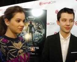 VIDEO: Hailee and Asa Talk Space Camp and Harrison Ford